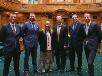 Ex-service National Party MPs